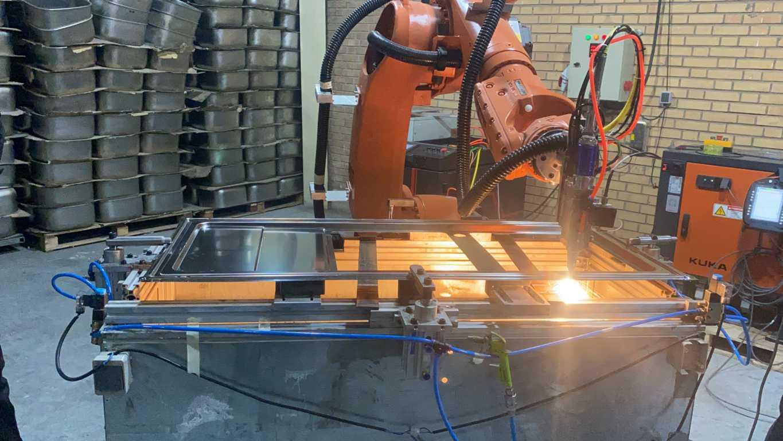 روبات های صنعتی لیزر